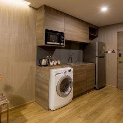 Отель Glow Sukhumvit 5 By Centropolis Бангкок в номере