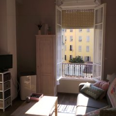 Апартаменты Sunny Studio Ницца комната для гостей фото 4