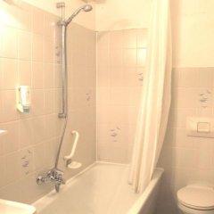 Отель Astoria Германия, Дюссельдорф - отзывы, цены и фото номеров - забронировать отель Astoria онлайн ванная фото 2
