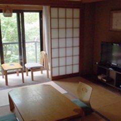 Отель Yamanakako Garden Villa Яманакако комната для гостей