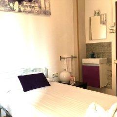 Отель La Palmera Hostal Барселона в номере