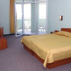 Отель Interhotel Pomorie Болгария, Поморие - 2 отзыва об отеле, цены и фото номеров - забронировать отель Interhotel Pomorie онлайн удобства в номере фото 2