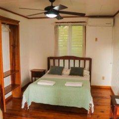 Отель Colibri Hill Resort Гондурас, Остров Утила - отзывы, цены и фото номеров - забронировать отель Colibri Hill Resort онлайн комната для гостей фото 4