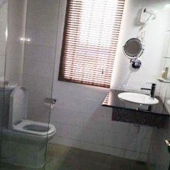 Oakspring Hotel & Luxury Suites ванная