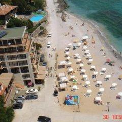 Отель В Американском Отеле Болгария, Поморие - отзывы, цены и фото номеров - забронировать отель В Американском Отеле онлайн пляж фото 2