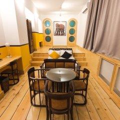 Отель Loft in Old Town гостиничный бар