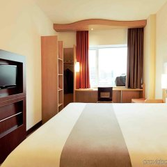 Отель Ibis Praha Mala Strana Прага комната для гостей
