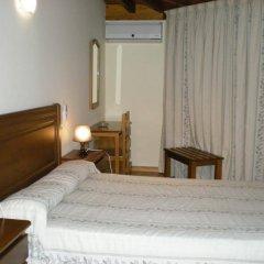 Отель Labella Maria сейф в номере