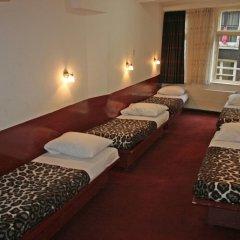 Отель Budget Hotel Ben Нидерланды, Амстердам - 1 отзыв об отеле, цены и фото номеров - забронировать отель Budget Hotel Ben онлайн комната для гостей фото 4