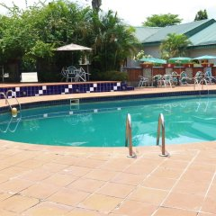 Отель Jacaranda Suites Нигерия, Калабар - отзывы, цены и фото номеров - забронировать отель Jacaranda Suites онлайн бассейн фото 3