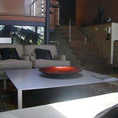 Отель Casa Con Piscina Y Bbq En Centro Ciudad Барселона гостиничный бар