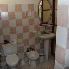 Отель Fare Edith Французская Полинезия, Муреа - отзывы, цены и фото номеров - забронировать отель Fare Edith онлайн ванная