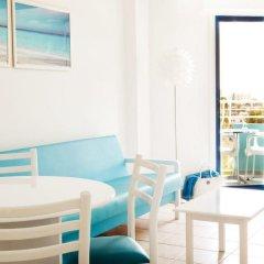 Отель Lantiana Gardens ApartHotel Кипр, Протарас - 3 отзыва об отеле, цены и фото номеров - забронировать отель Lantiana Gardens ApartHotel онлайн комната для гостей фото 3