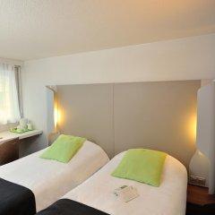 Отель Campanile Lyon Est - Aéroport Saint Exupéry комната для гостей фото 4
