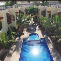 Al Raha Hotel Apartments бассейн