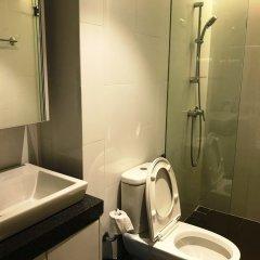 Отель The Establishment Bangsar Duplex Малайзия, Куала-Лумпур - отзывы, цены и фото номеров - забронировать отель The Establishment Bangsar Duplex онлайн ванная