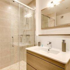 Отель Duplex vue Seine quai des grands Augustins ванная