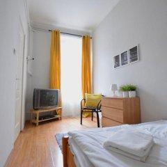 Апартаменты Hi5 Apartments - Chain Bridge комната для гостей фото 4