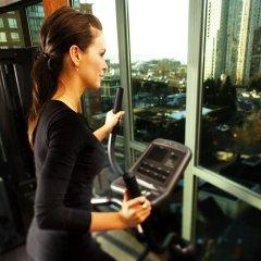 Отель Executive Hotel Vintage Park Канада, Ванкувер - отзывы, цены и фото номеров - забронировать отель Executive Hotel Vintage Park онлайн фитнесс-зал
