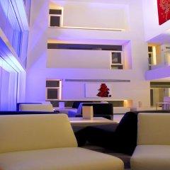 Отель Le Fenix Sukhumvit интерьер отеля