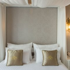 Отель Provence Mansion Alacati Чешме сейф в номере