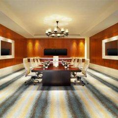 Отель The St. Regis Sanya Yalong Bay Resort – Villas фитнесс-зал