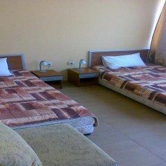 Отель Sofia Family Hotel Болгария, Поморие - отзывы, цены и фото номеров - забронировать отель Sofia Family Hotel онлайн комната для гостей фото 2
