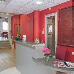 Отель Kyriad Hotel Lyon Centre Croix Rousse Франция, Лион - отзывы, цены и фото номеров - забронировать отель Kyriad Hotel Lyon Centre Croix Rousse онлайн интерьер отеля фото 2