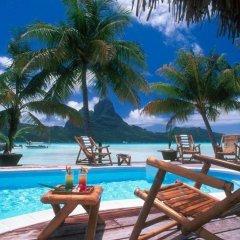 Eden Beach Hotel Bora Bora бассейн
