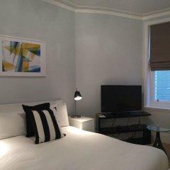 Отель Clarendon Burleigh Mansions комната для гостей