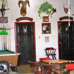 Las Palmas Hotel гостиничный бар