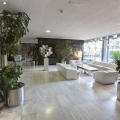 Отель Colon Suites Мадрид интерьер отеля