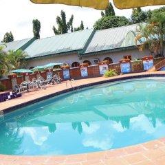 Отель Jacaranda Suites Нигерия, Калабар - отзывы, цены и фото номеров - забронировать отель Jacaranda Suites онлайн бассейн фото 2