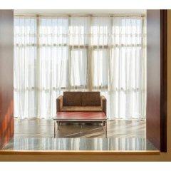 Отель Hill Lily Hotel Китай, Пекин - отзывы, цены и фото номеров - забронировать отель Hill Lily Hotel онлайн балкон
