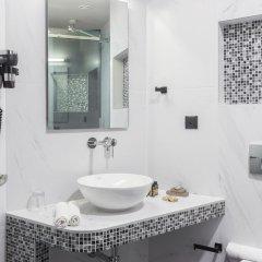 Отель 360 Degrees Pop Art Hotel Греция, Афины - отзывы, цены и фото номеров - забронировать отель 360 Degrees Pop Art Hotel онлайн ванная