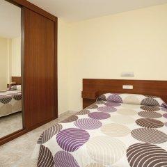 Отель Hostal Roma Испания, Ла-Корунья - отзывы, цены и фото номеров - забронировать отель Hostal Roma онлайн комната для гостей фото 5