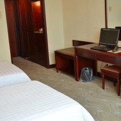 Отель Xiamen Huaqiao Hotel Китай, Сямынь - отзывы, цены и фото номеров - забронировать отель Xiamen Huaqiao Hotel онлайн удобства в номере
