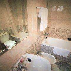 Отель Hostal Puerta de Monfragüe ванная фото 2
