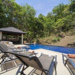 Отель Villa Ploi Attitaya бассейн
