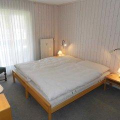 Отель Suzanne Nr. 27 Швейцария, Шёнрид - отзывы, цены и фото номеров - забронировать отель Suzanne Nr. 27 онлайн комната для гостей фото 3