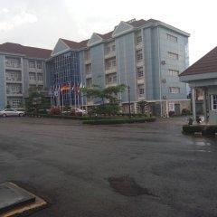 Ozom Hotel парковка