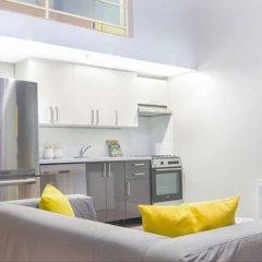 Отель King Suites Downtown Vancouver Канада, Ванкувер - отзывы, цены и фото номеров - забронировать отель King Suites Downtown Vancouver онлайн в номере