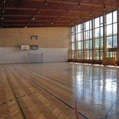 Отель Ośrodek Szpulki Закопане спортивное сооружение