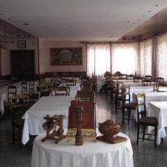 Отель Albergo Ristorante Casale Сен-Кристоф питание