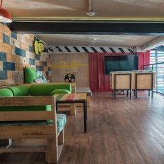 Отель Señor Frogs Hostel - Adults Only Мексика, Канкун - отзывы, цены и фото номеров - забронировать отель Señor Frogs Hostel - Adults Only онлайн гостиничный бар