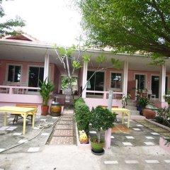 Отель Insook Ko Larn Guesthouse фото 5