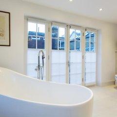Отель Veeve Luxurious 4 Bed 4 Bath Home In The Heart Of Hampstead ванная фото 2