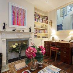 Отель Veeve Charming 1 Bed In Codrington Mews Notting Hill Великобритания, Лондон - отзывы, цены и фото номеров - забронировать отель Veeve Charming 1 Bed In Codrington Mews Notting Hill онлайн развлечения
