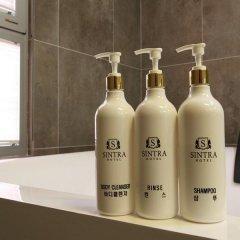 Отель Sintra Tourist Hotel Южная Корея, Сеул - отзывы, цены и фото номеров - забронировать отель Sintra Tourist Hotel онлайн ванная
