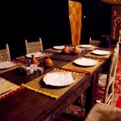Отель Kam Kam Dunes Марокко, Мерзуга - отзывы, цены и фото номеров - забронировать отель Kam Kam Dunes онлайн питание фото 3